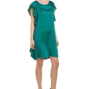 🧚🏻♂️BEAUTIFUL GREEN DRESS